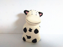 Custom Sitting Milk Cow PU Foam Slow Rising Squishy Toy