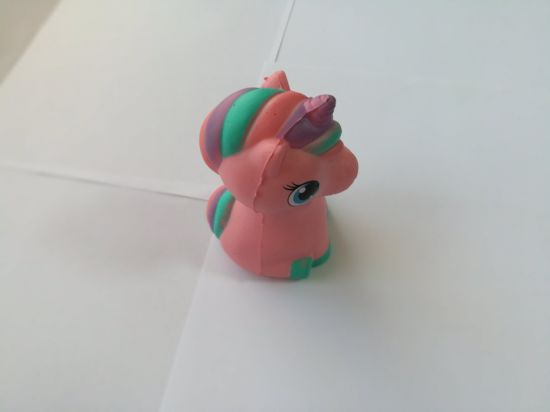Hot Selling 10cm Unicorn Sitting Horse PU Slow Rising Squishy Toy